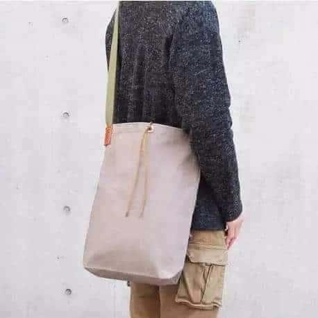 这家日本老字号做了 112 年帆布袋,一个袋能用一辈子